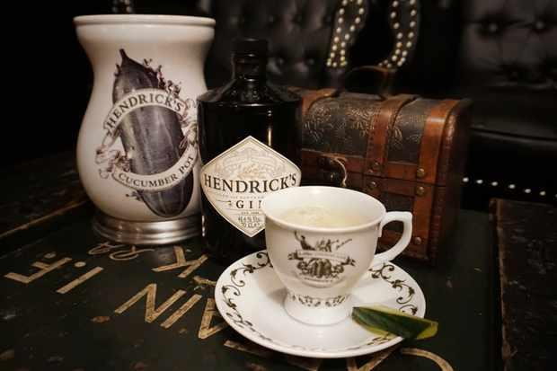 top gins the best 17 british gins olive magazine. Black Bedroom Furniture Sets. Home Design Ideas