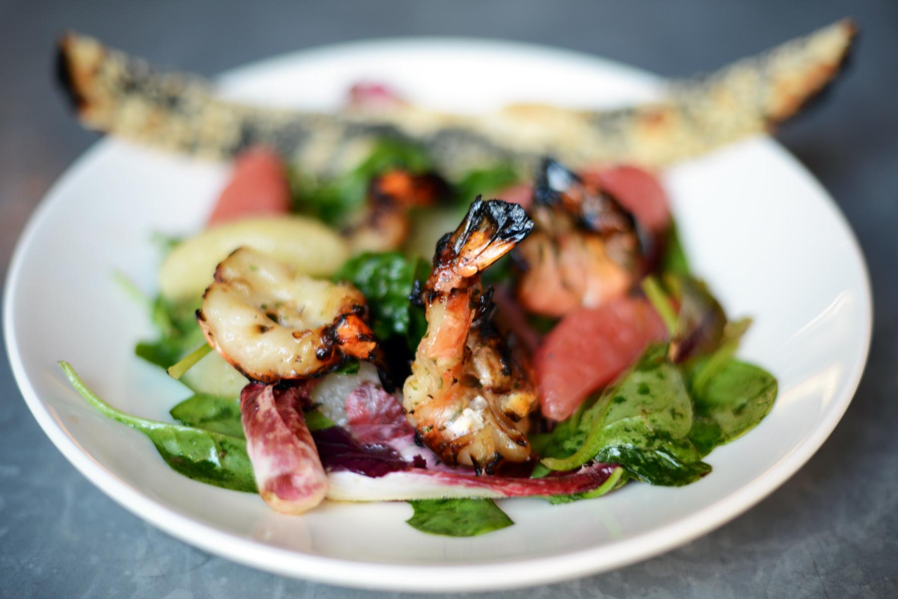 Prawn and pomelo salad