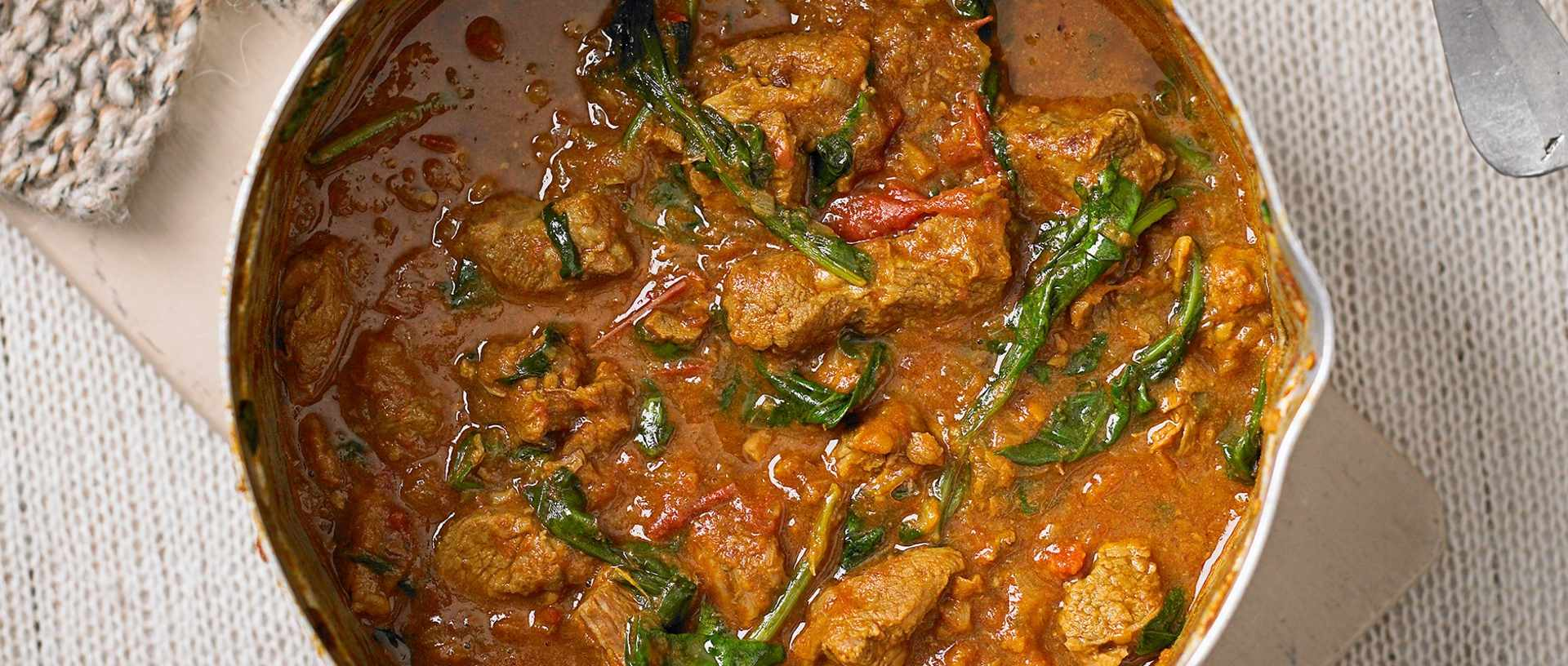 9 best lamb curry recipes olive magazine lamb and spinach curry forumfinder Image collections