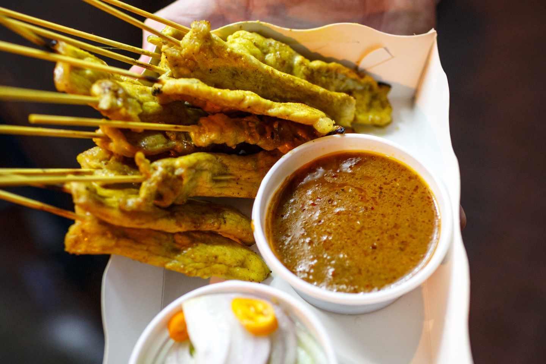 Bangkok pork satay skewers with peanut dipping sauce, Natural Selection