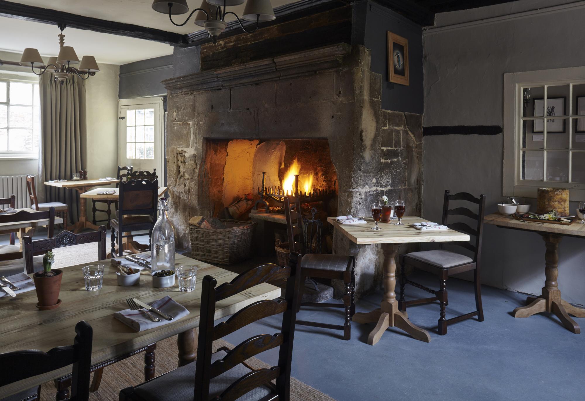 Sign of the Angel Inn, Lacock,