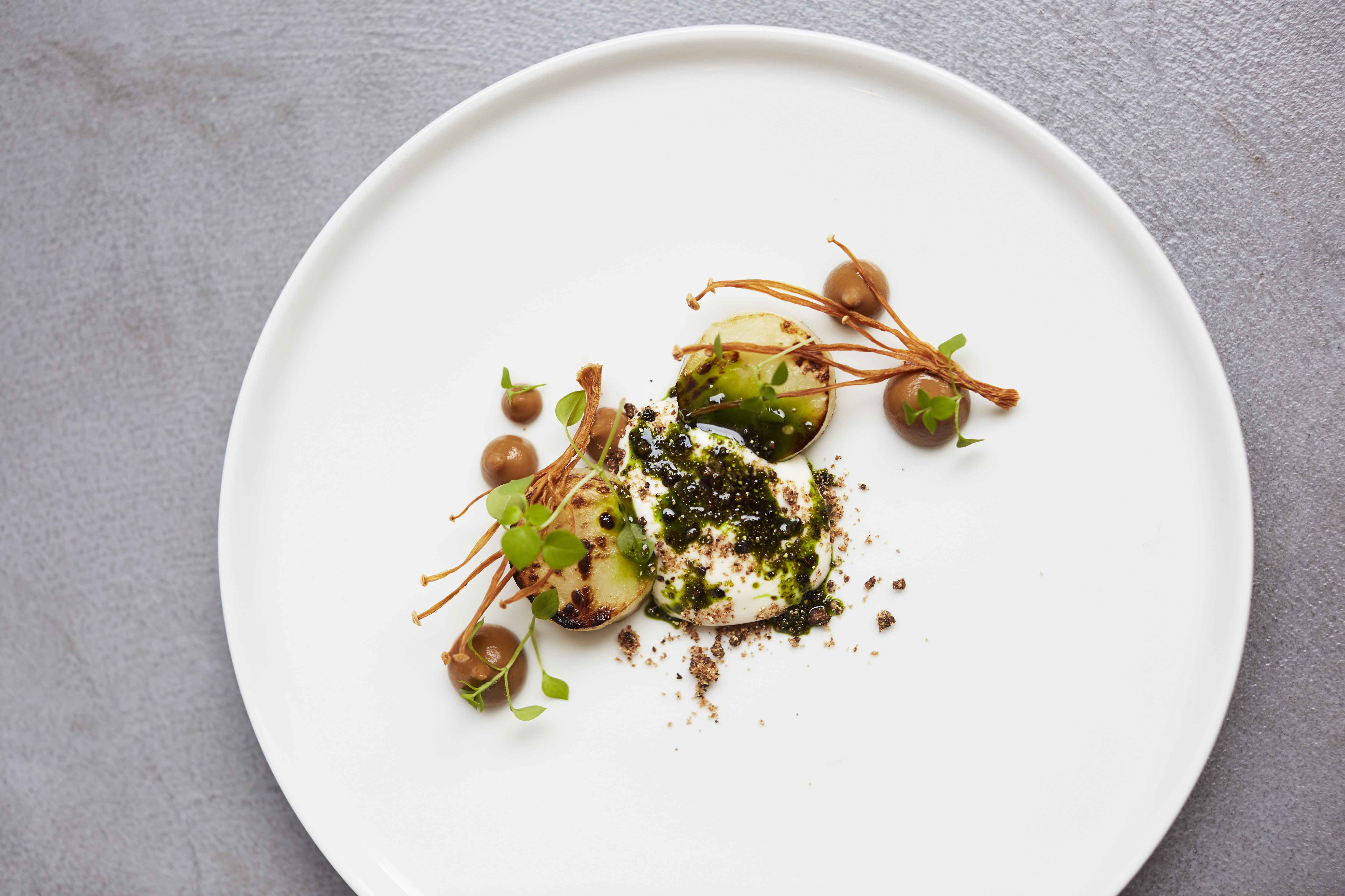 Salt Baked Celeriac at Roganic Simon Rogan, photograph by Lisa Linder