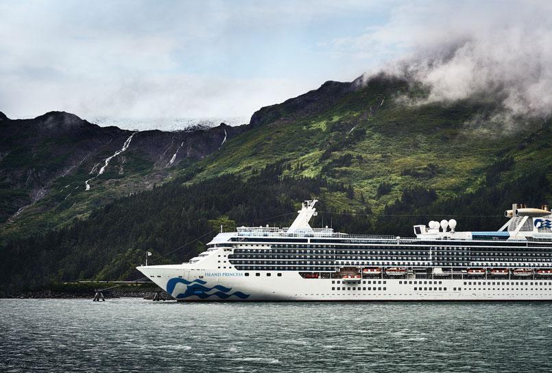 Island Princess cruise liner