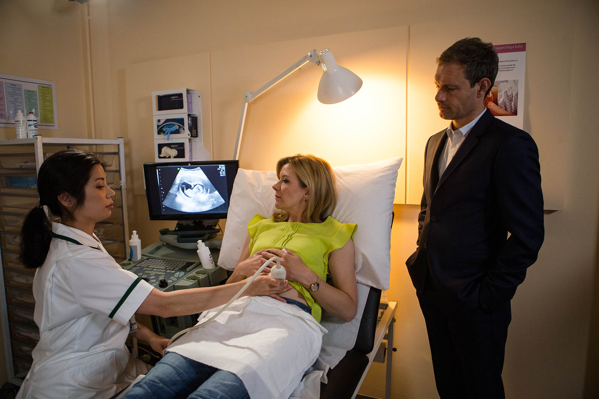 Coronation Street: Leanne stays in Weatherfield, reunites with Nick and her pregnancy is outed!