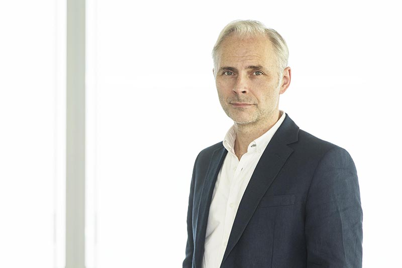 Mark Bonnar as Dr Neil Sommer in Humans series 3 (Channel 4, HF)