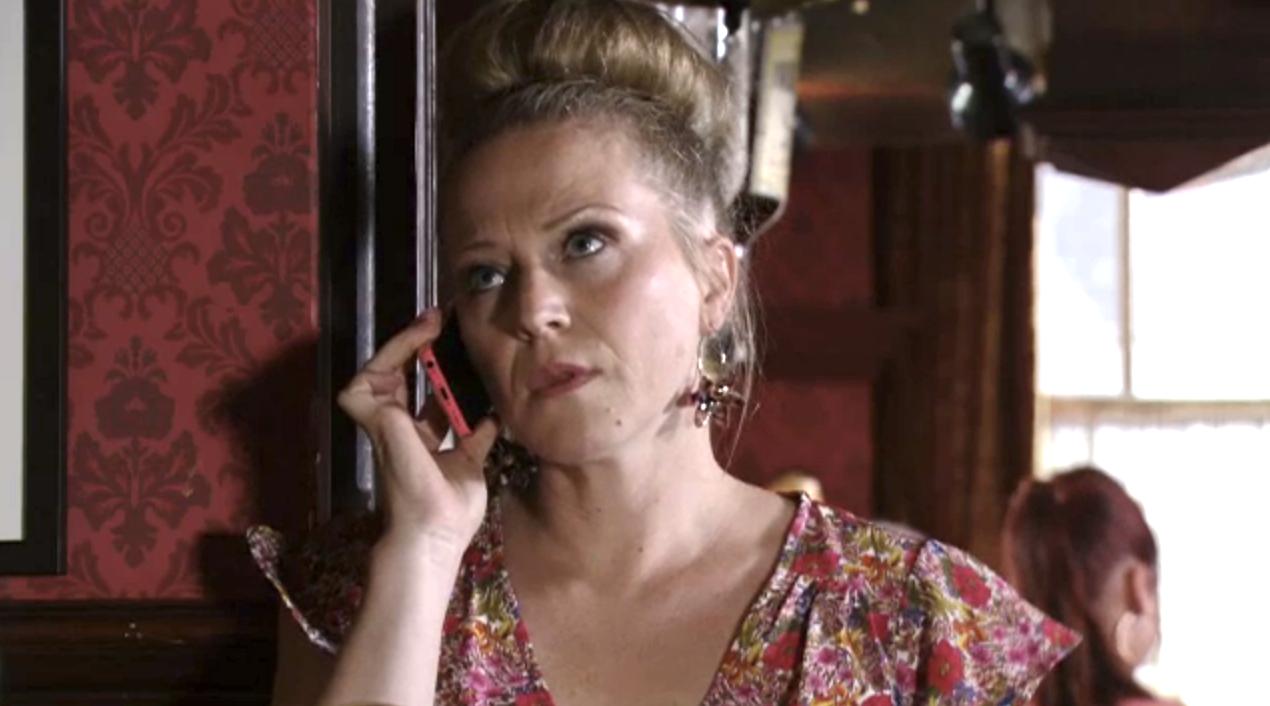 EastEnders Linda suspicious