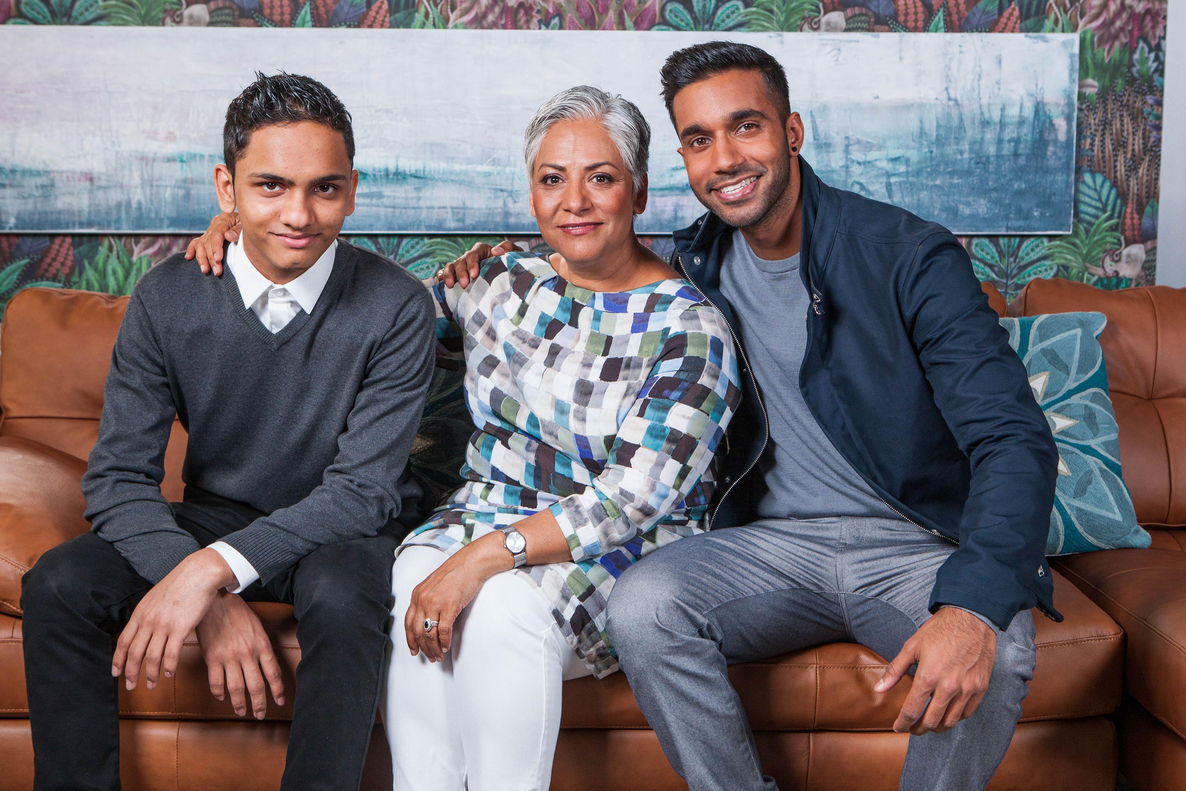 MAALIK FAMILY - MISBAH AND BOYS