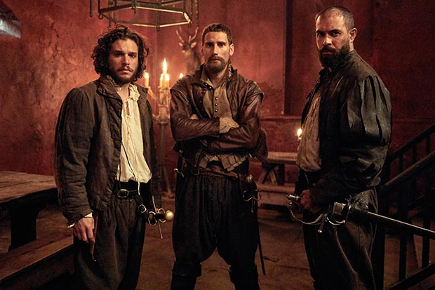 Kit Harington, Edward Holcroft and Tom Cullen in Gunpowder (BBC, HF)