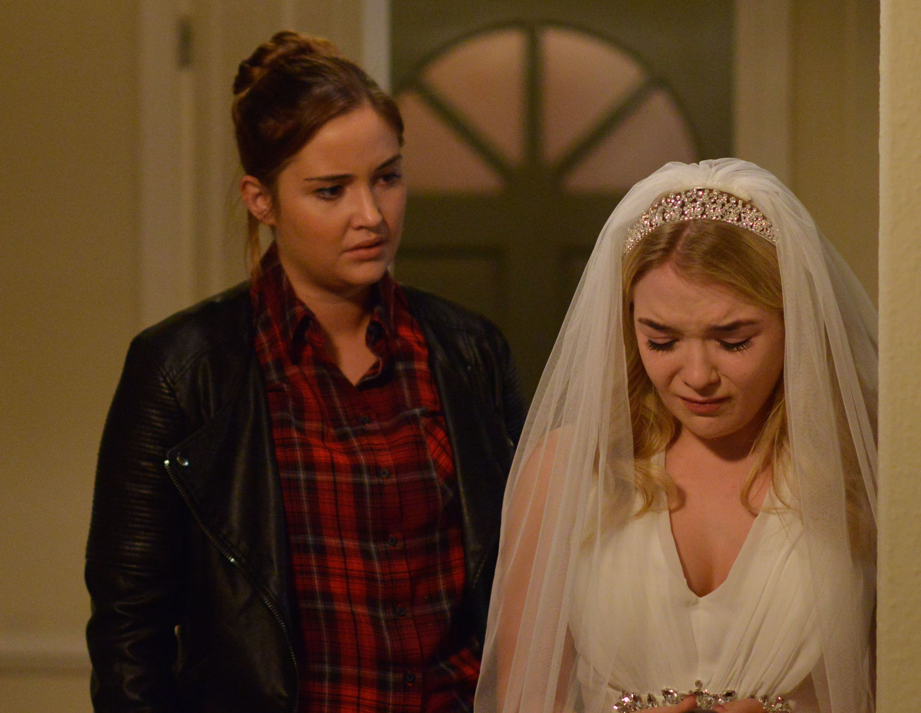 14274116-high_res-eastenders-october-_odjfosiajdosaijdoasjdoasijdecember-2017