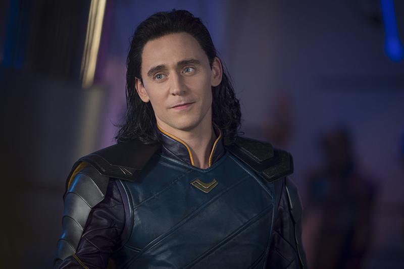 Tom Hiddleston in Thor: Ragnarok (Marvel, HF)