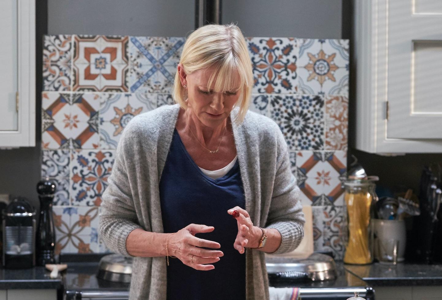 Cold Feet ep 6 Karen in kitchen