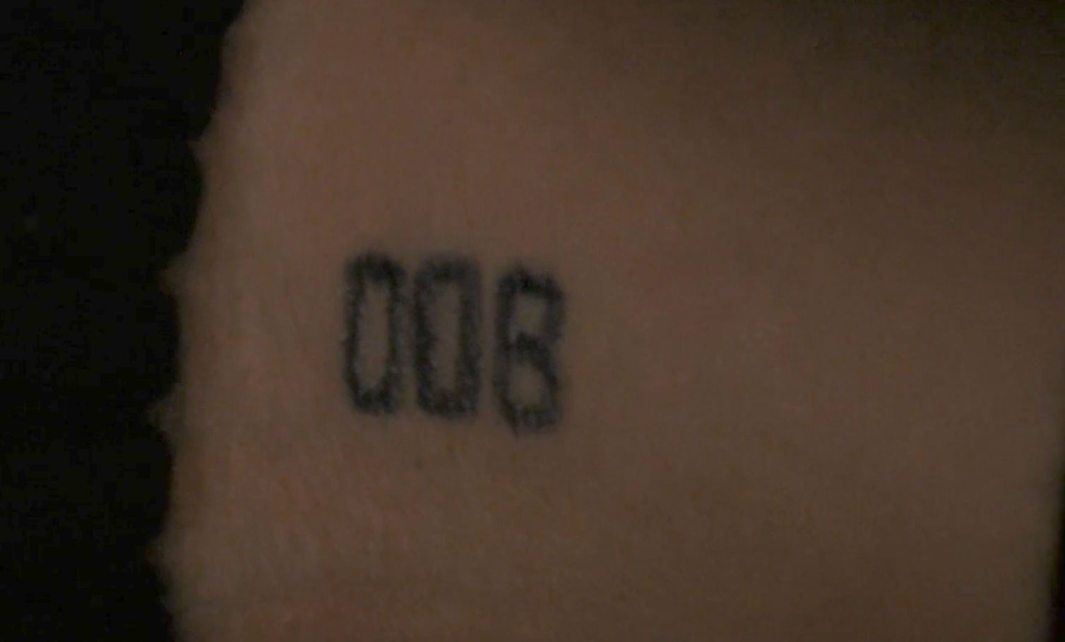 Stranger things 2 39 s incredible opening scene who 39 s the for Eleven tattoo stranger things