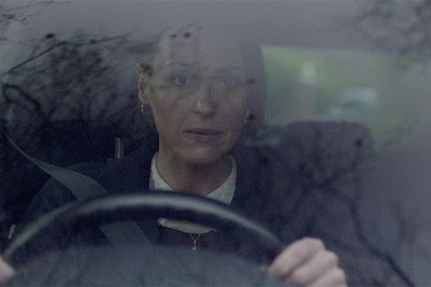 suranne-driving