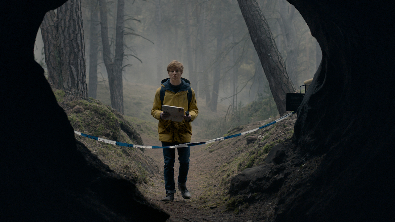 where is dark on netflix filmed? german tv series location guide