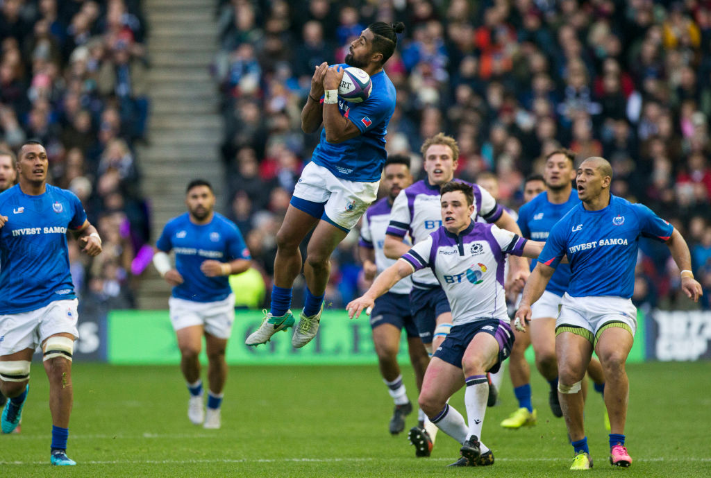11th November 2017, BT Murrayfield Stadium, Edinburgh, Scotland; Autumn International Series, Scotland versus Samoa; Ah See Tuala (Samoa) catches the ball in the air (Photo by Duncan McGlynn/Action Plus via Getty Images, BA)