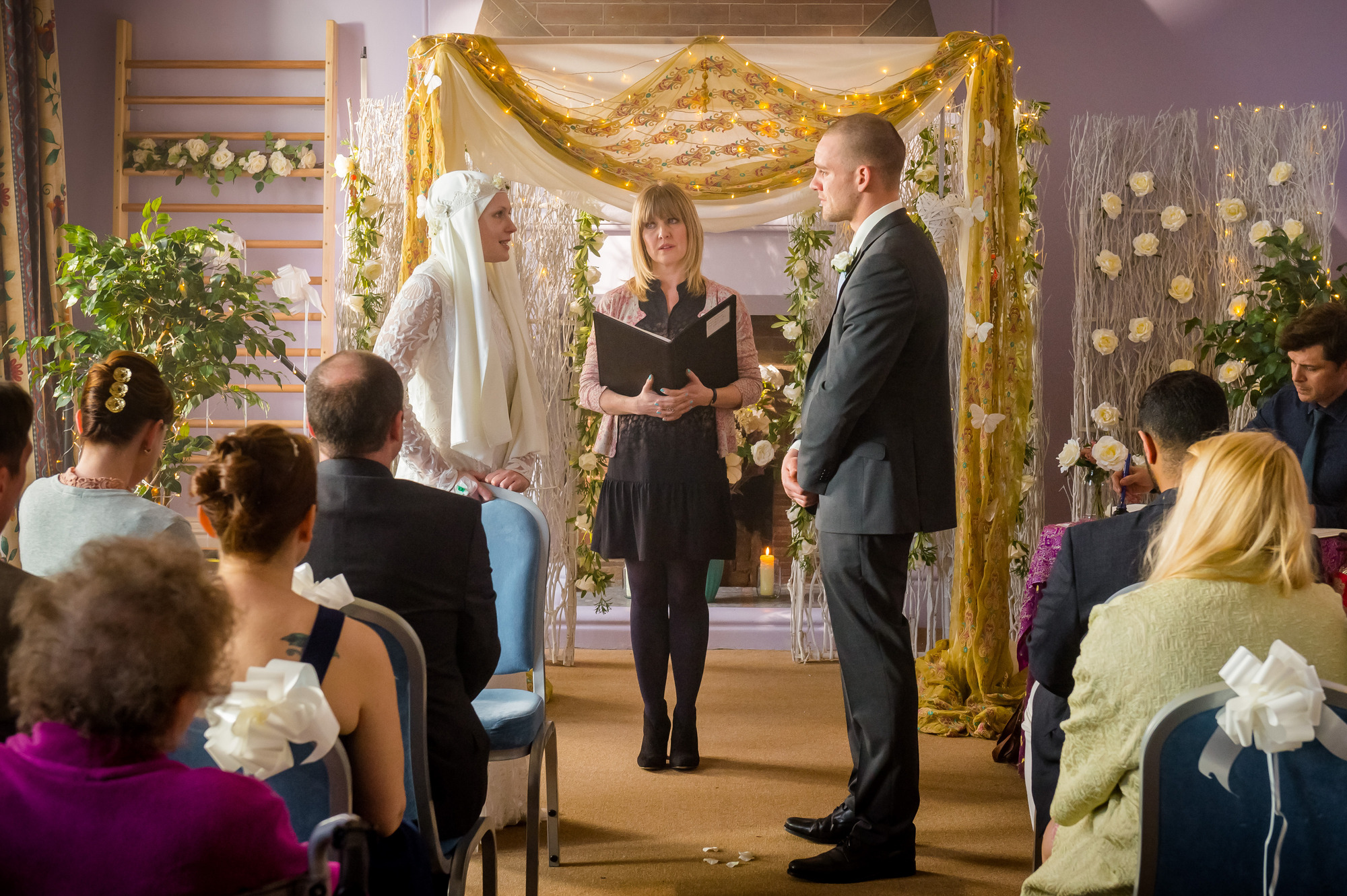 Programme Name: Love, Lies & Records - TX: n/a - Episode: n/a (No. 1) - Picture Shows: L-R Jenny (HANNAH STEELE), Kate (ASHLEY JENSEN) - (C) Rollem Productions - Photographer: Ben Blackall