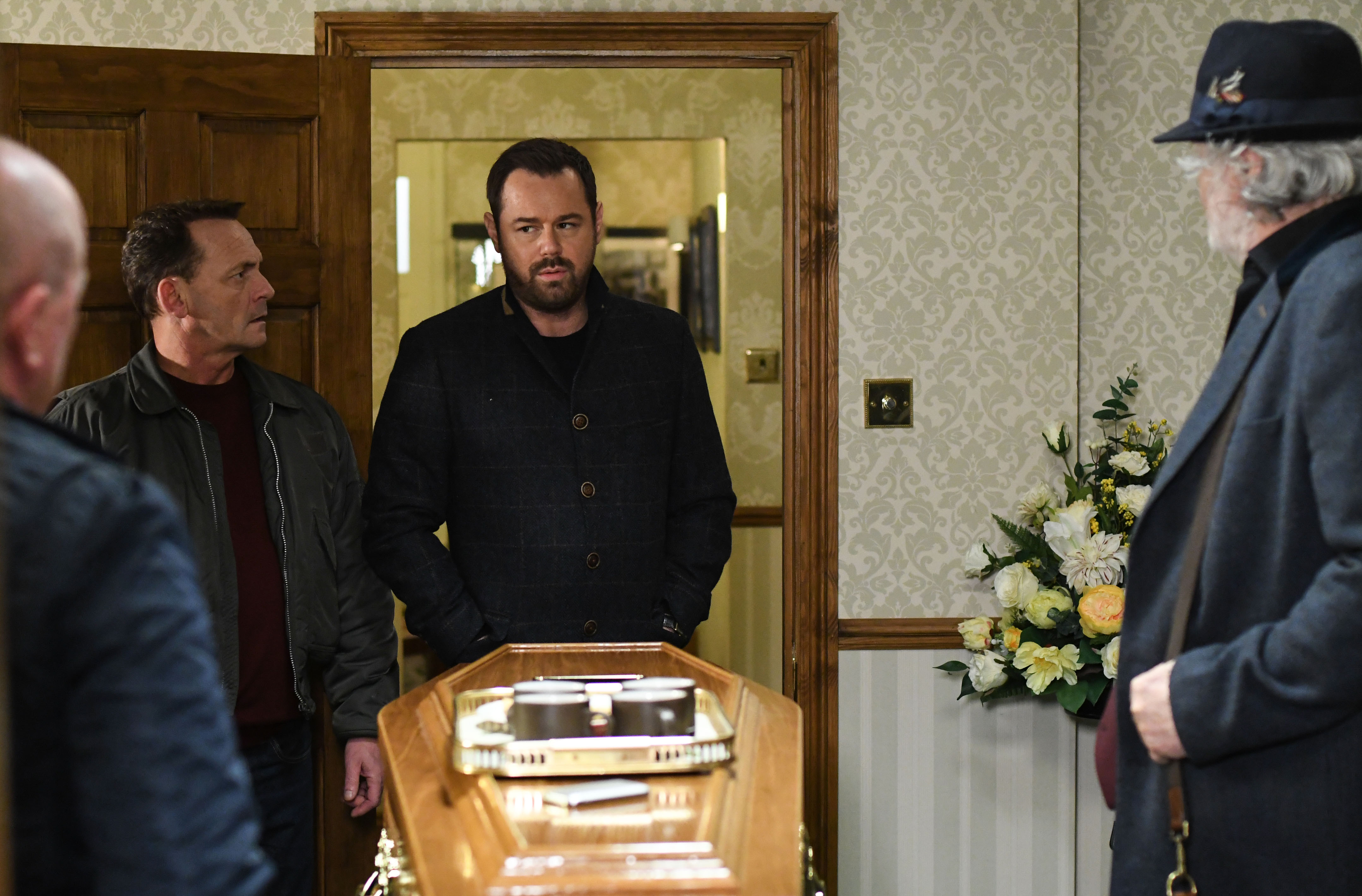 WARNING: Embargoed for publication until 00:00:01 on 23/12/2017 - Programme Name: EastEnders - October-December 2017 - TX: 29/12/2017 - Episode: EastEnders - October-December 2017 - 5627 (No. 5627) - Picture Shows: *STRICTLY NOT FOR PUBLICATION UNTIL 00:01HRS SATURDAY 23rd DECEMBER 2017* 