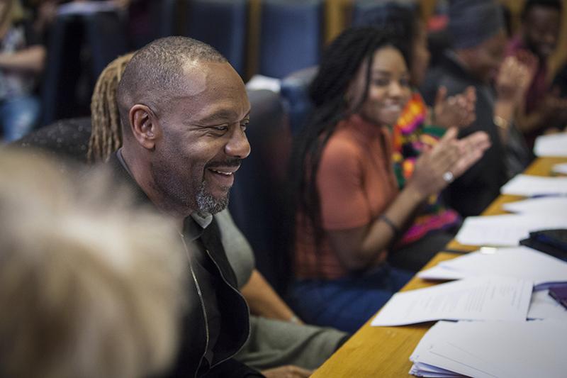 Lenny Henry at the Anansi Boys cast readthrough (BBC, HF)