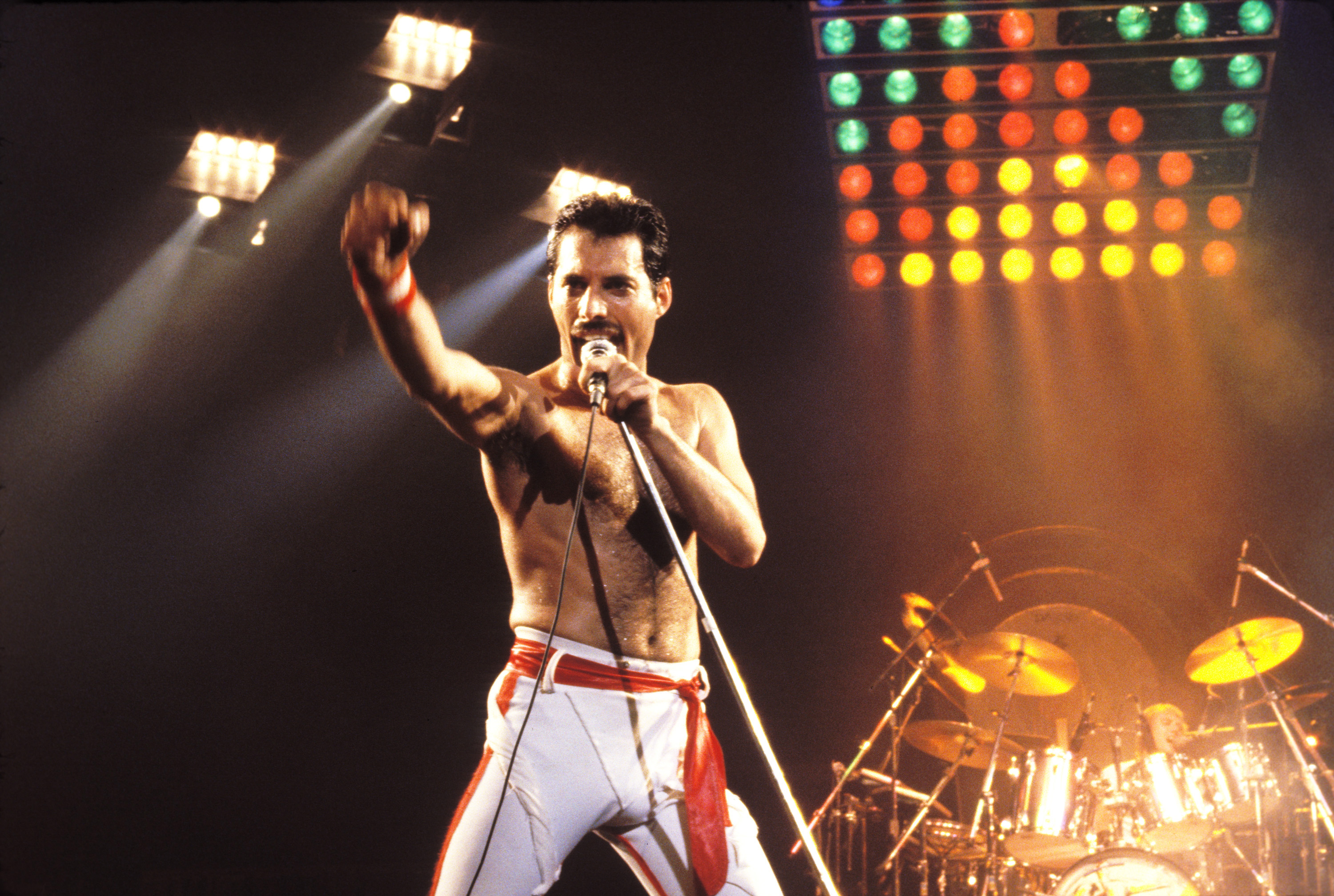Freddie Mercury of Queen, 1982 Tour at the Various Locations in Oakland, California (Photo by Steve Jennings/WireImage, BA)