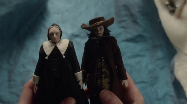 Marin and Johannes in doll form - The Miniaturist