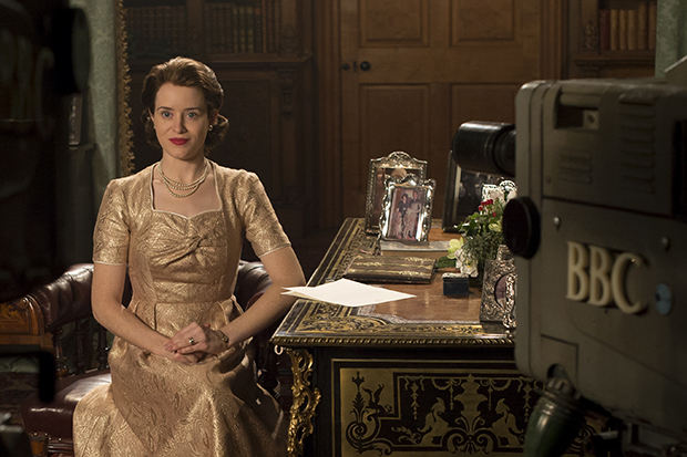 the crown season 2 what 39 s the real story of the queen 39 s christmas speech netflix the crown. Black Bedroom Furniture Sets. Home Design Ideas