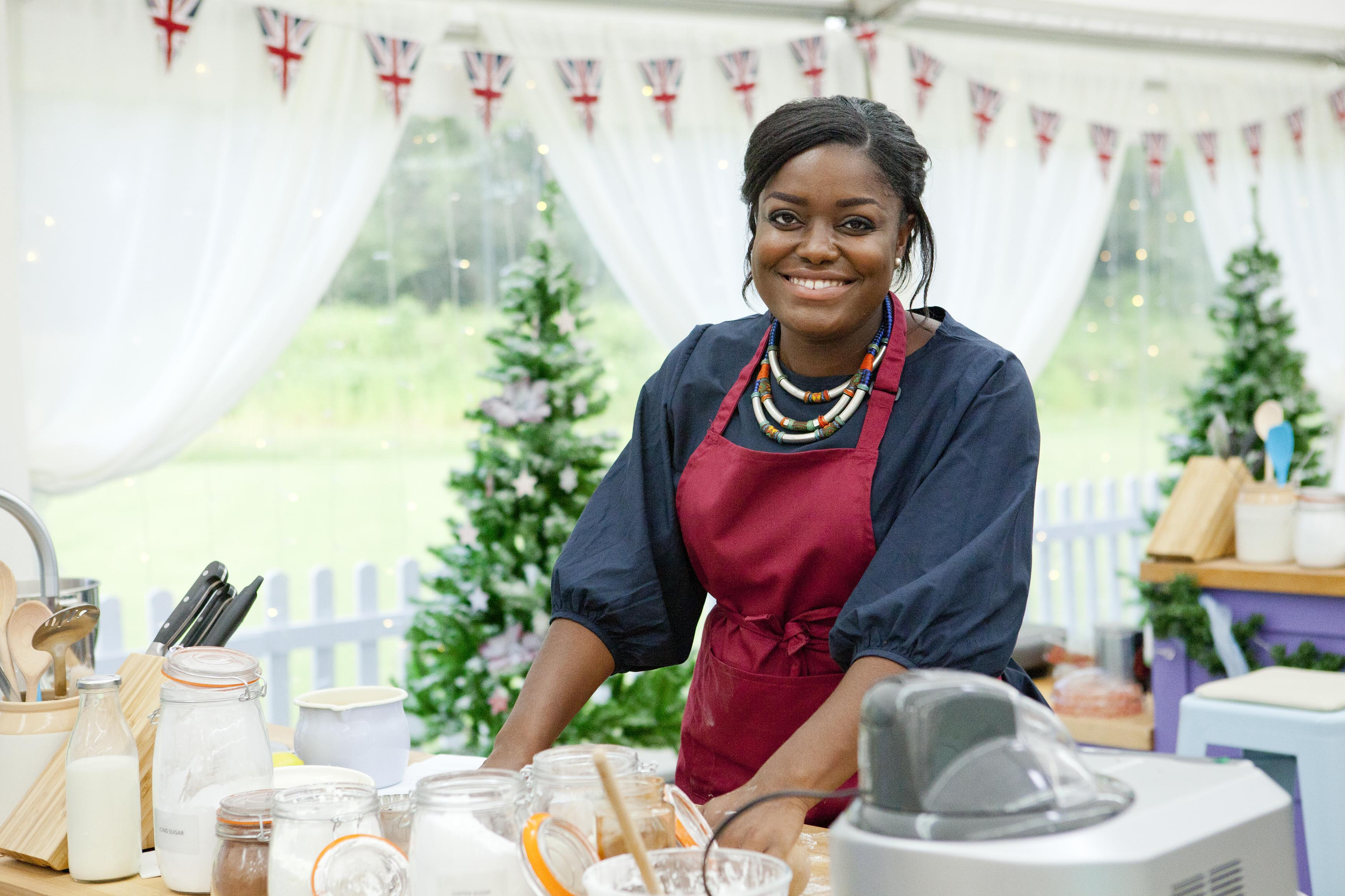 The Great Festive Bake Off: - (Benjamina) (C4,TL)