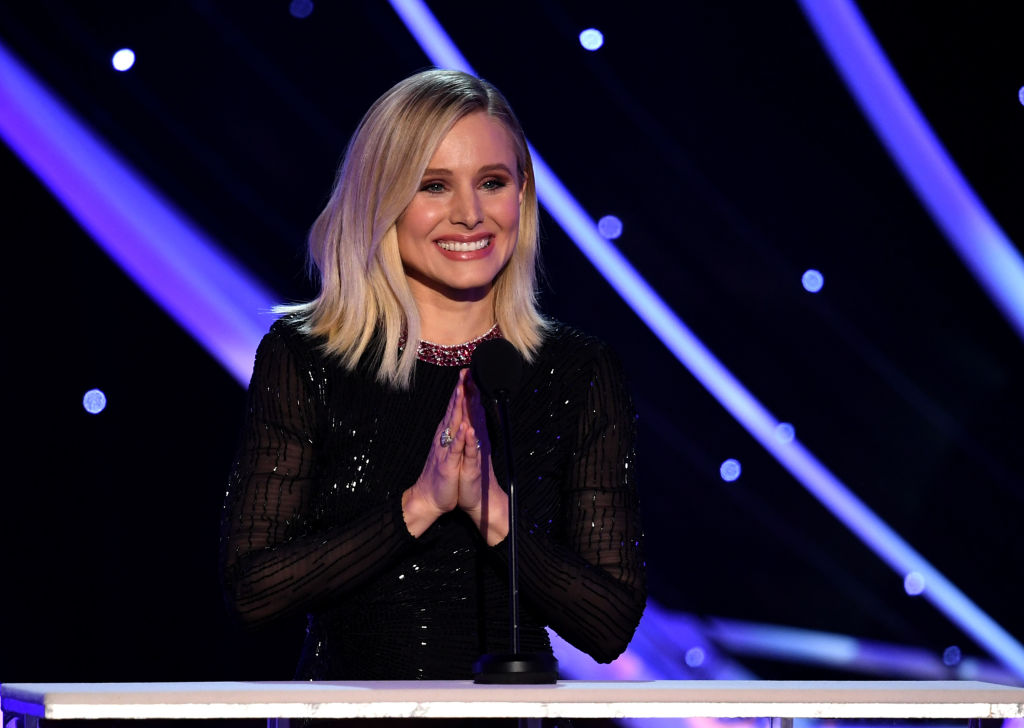 Kristen Bell hosting the Screen Actors Guild Awards 2018