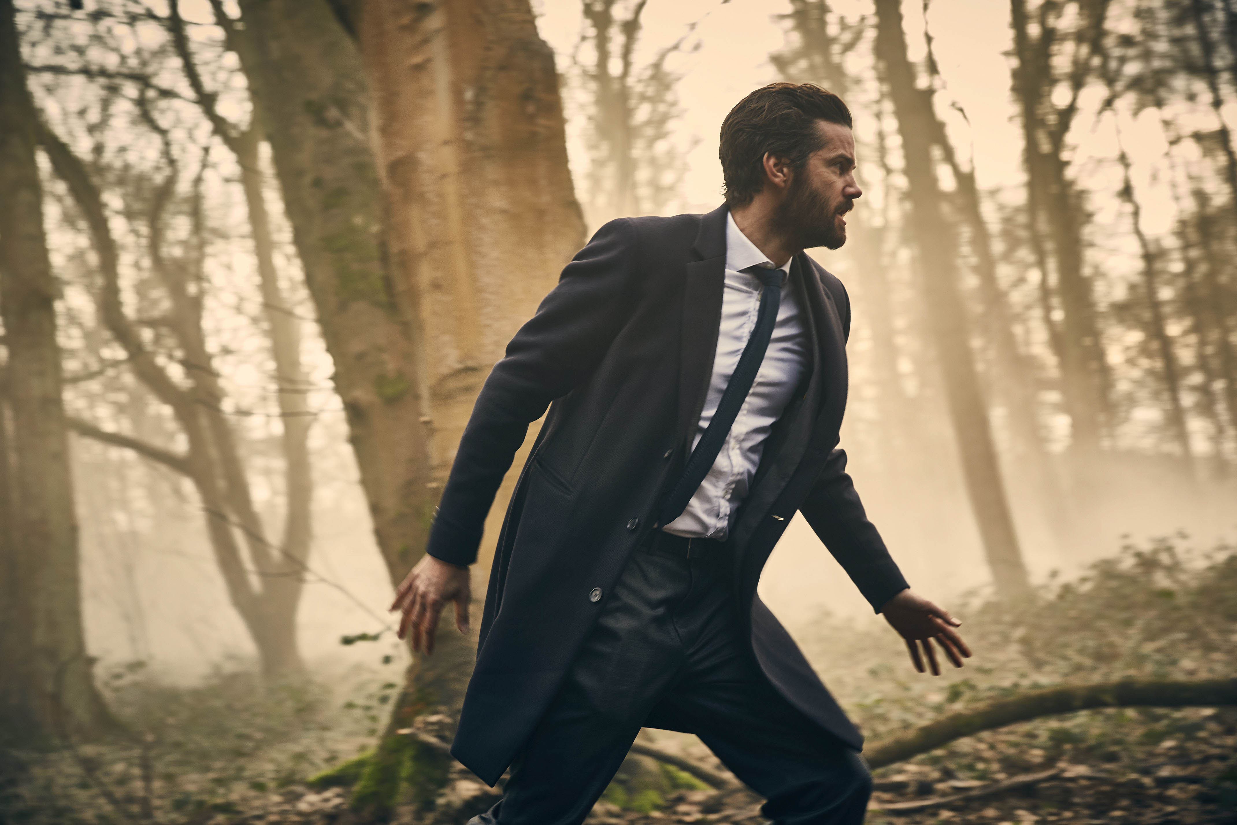 WARNING: Embargoed for publication until 00:00:01 on 09/01/2018 - Programme Name: Hard Sun - TX: n/a - Episode: n/a (No. 2) - Picture Shows: ***EMBARGOED UNTIL 9th JAN 2018*** Hicks (JIM STURGESS) - (C) Euston Films - Photographer: Hal Shinnie