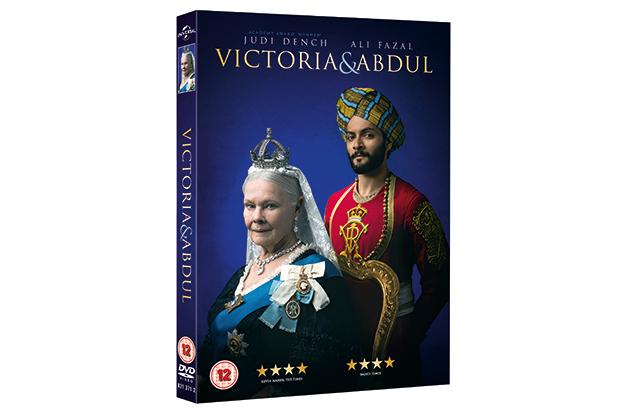 VICTORIA AND ABDUL UK 1