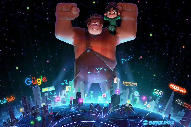 Ralph (John C. Reilly) and Vanellope (Sarah Silverman) in Wreck-It Ralph 2 (Disney, HF)
