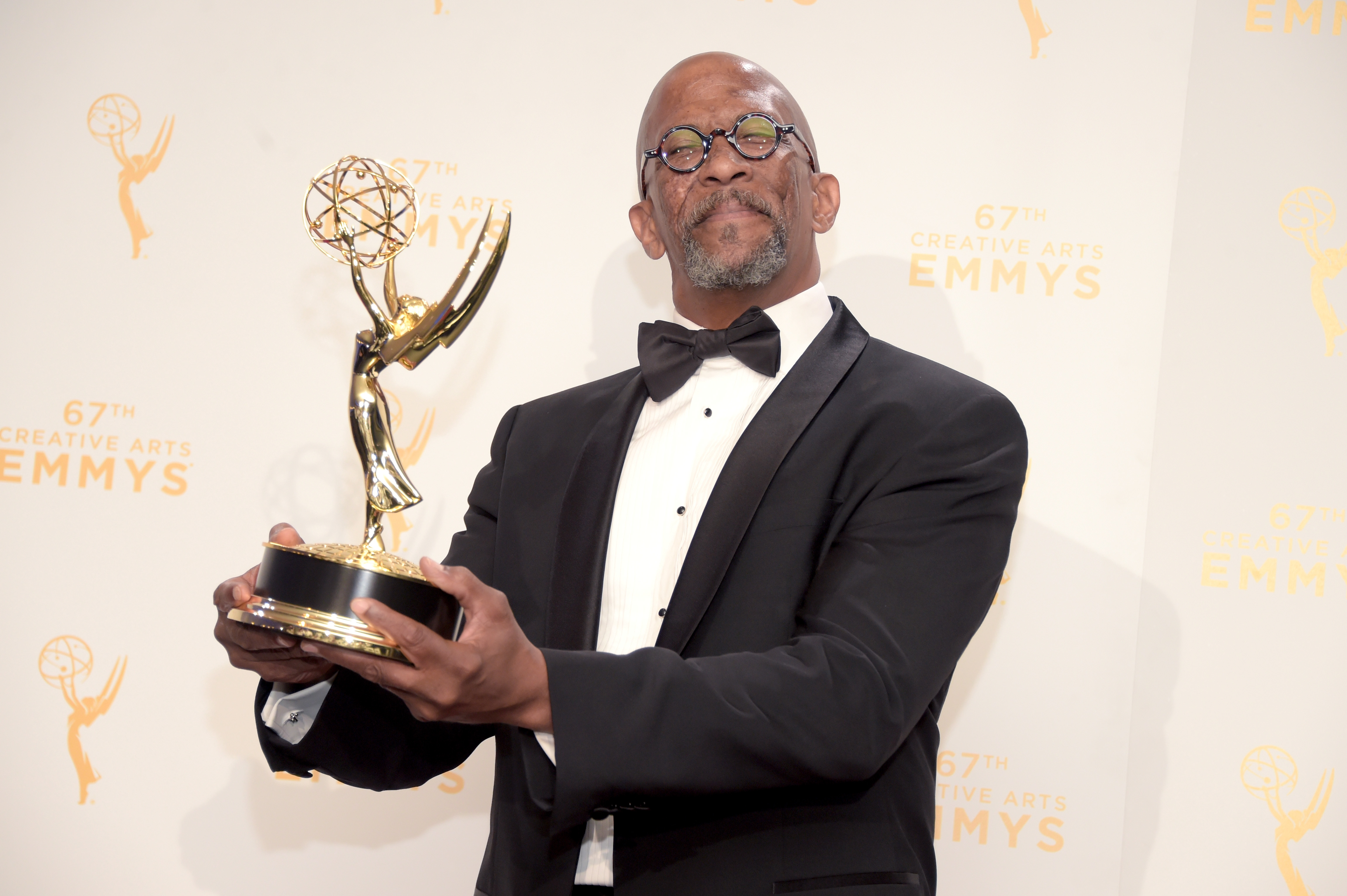 Reg E Cathey with his Emmy (Getty, EH)