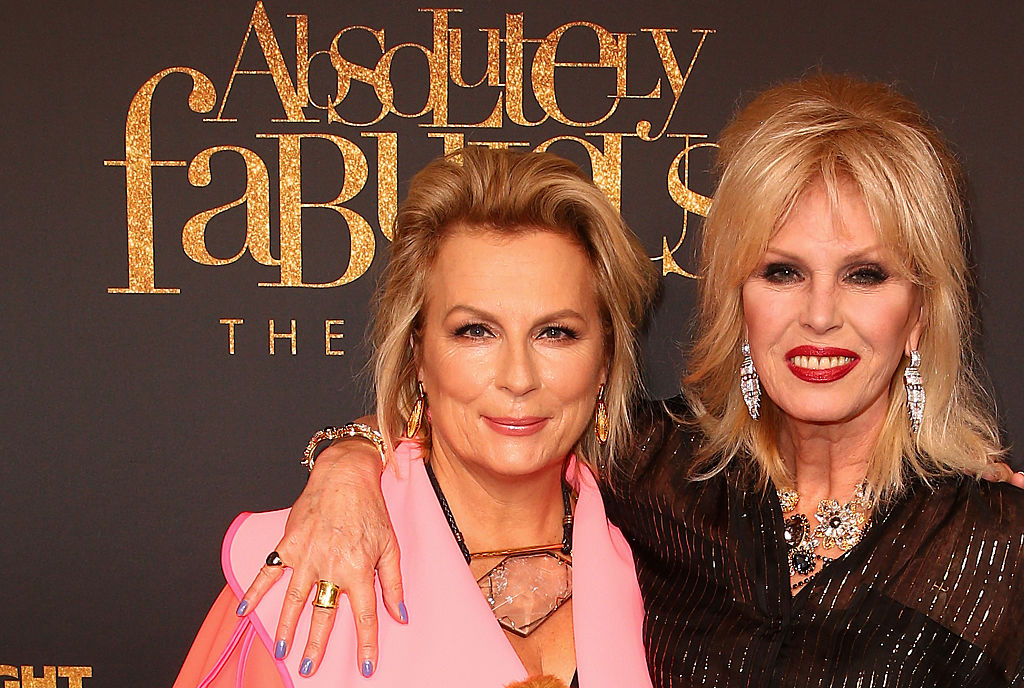 """Jennifer Saunders hints at """"age-appropriate"""" Absolutely Fabulous return"""
