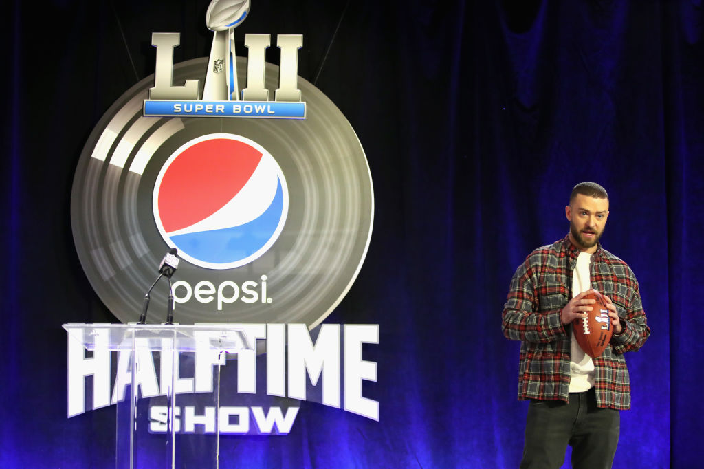 MINNEAPOLIS, MN - FEBRUARY 01:  Recording artist Justin Timberlake speaks onstage at the Pepsi Super Bowl LII Halftime Show Press Conference at Hilton Minneapolis on February 1, 2018 in Minneapolis, Minnesota.  (Photo by Christopher Polk/Getty Images, BA)