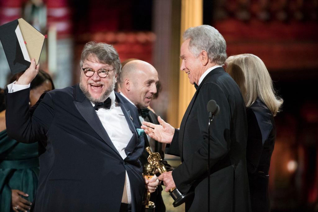 Guillermo del Toro wins an Oscar