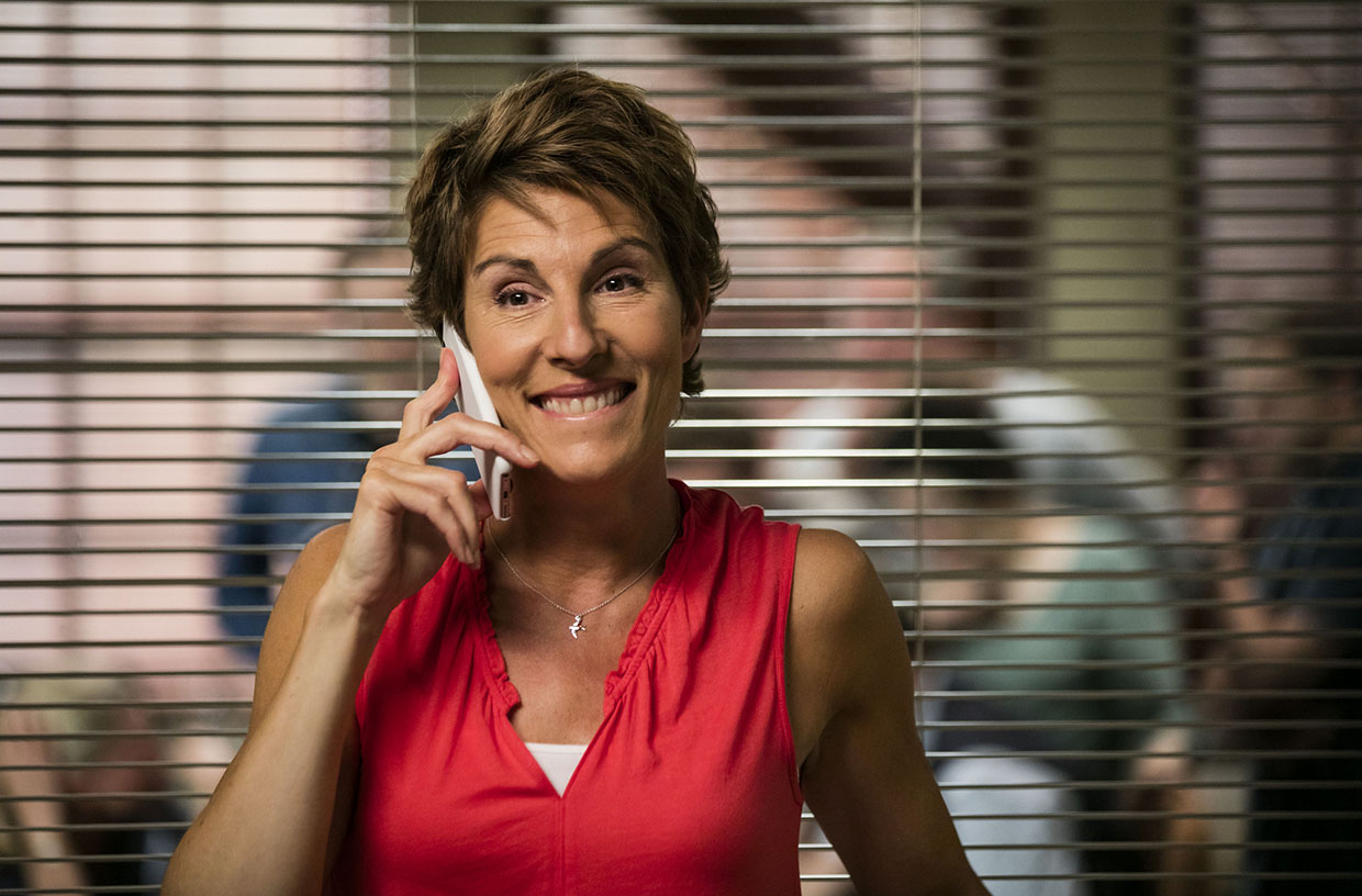Tamsin Greig is Beverly Lincoln