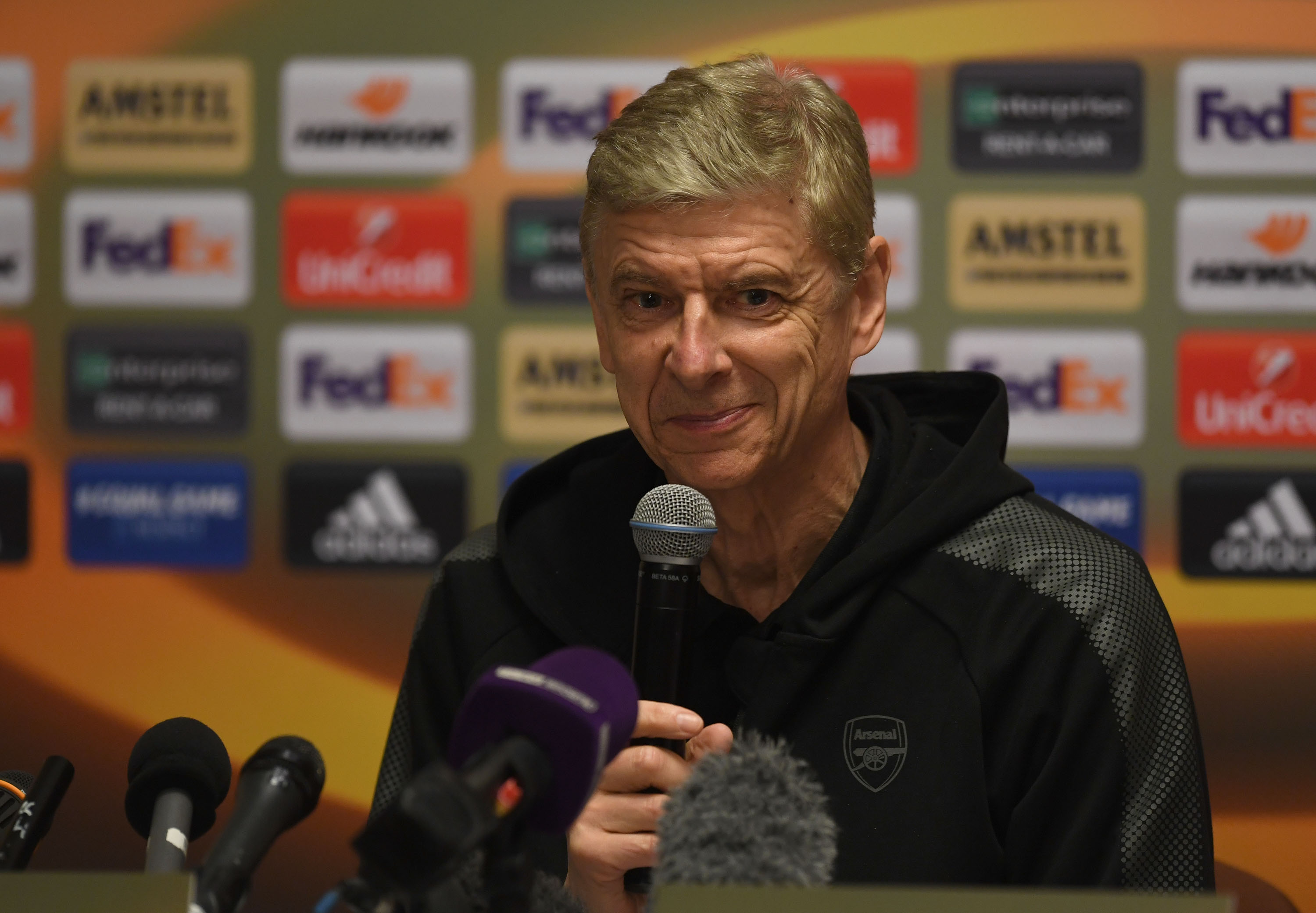 MOSCOW, RUSSIA - APRIL 11:  Arsene Wenger the Arsenal Manager during the Arsenal Press Conference at Sheremetyevo Airport on April 11, 2018 in Moscow, Russia.  (Photo by David Price/Arsenal FC via Getty Images)