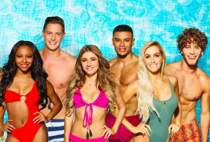 Love Island contestants group shot