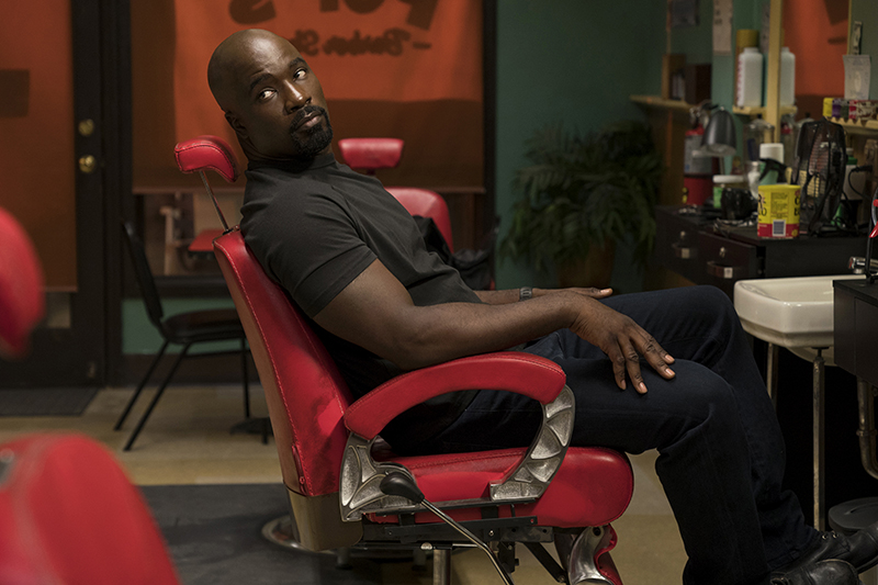 Mike Colter in Marvel's Luke Cage (Netflix, HF)