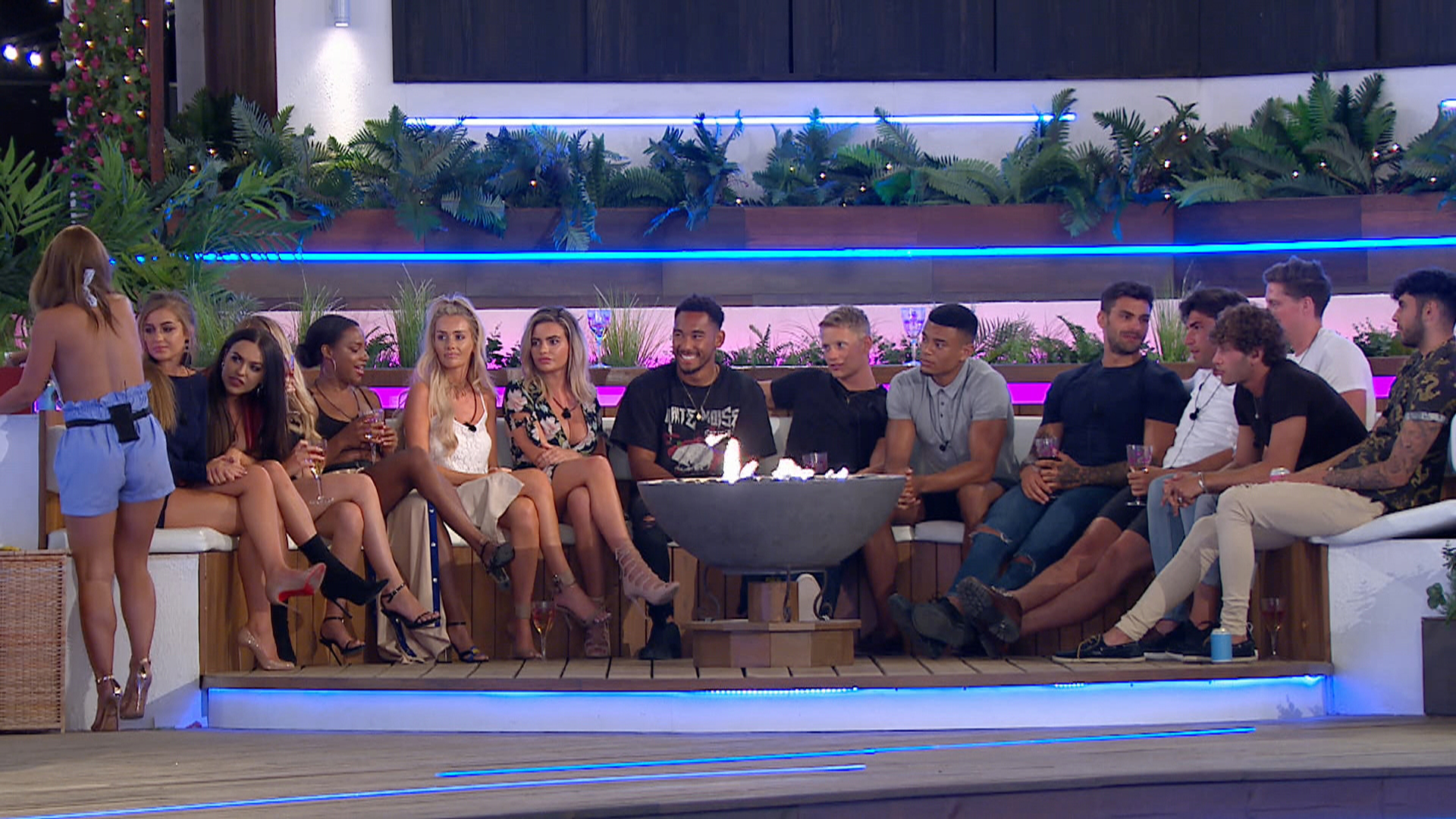 From ITV Studios   Love Island: SR4: Ep8 on ITV2  Pictured: As night falls over the villa, the Islanders play a game of Dares.  This photograph is (C) ITV Plc and can only be reproduced for editorial purposes directly in connection with the programme or event mentioned above, or ITV plc. Once made available by ITV plc Picture Desk, this photograph can be reproduced once only up until the transmission [TX] date and no reproduction fee will be charged. Any subsequent usage may incur a fee. This photograph must not be manipulated [excluding basic cropping] in a manner which alters the visual appearance of the person photographed deemed detrimental or inappropriate by ITV plc Picture Desk.  This photograph must not be syndicated to any other company, publication or website, or permanently archived, without the express written permission of ITV Plc Picture Desk. Full Terms and conditions are available on the website www.itvpictures.co.uk  For further information please contact: james.hilder@itv.com / 0207 157 3052  TL