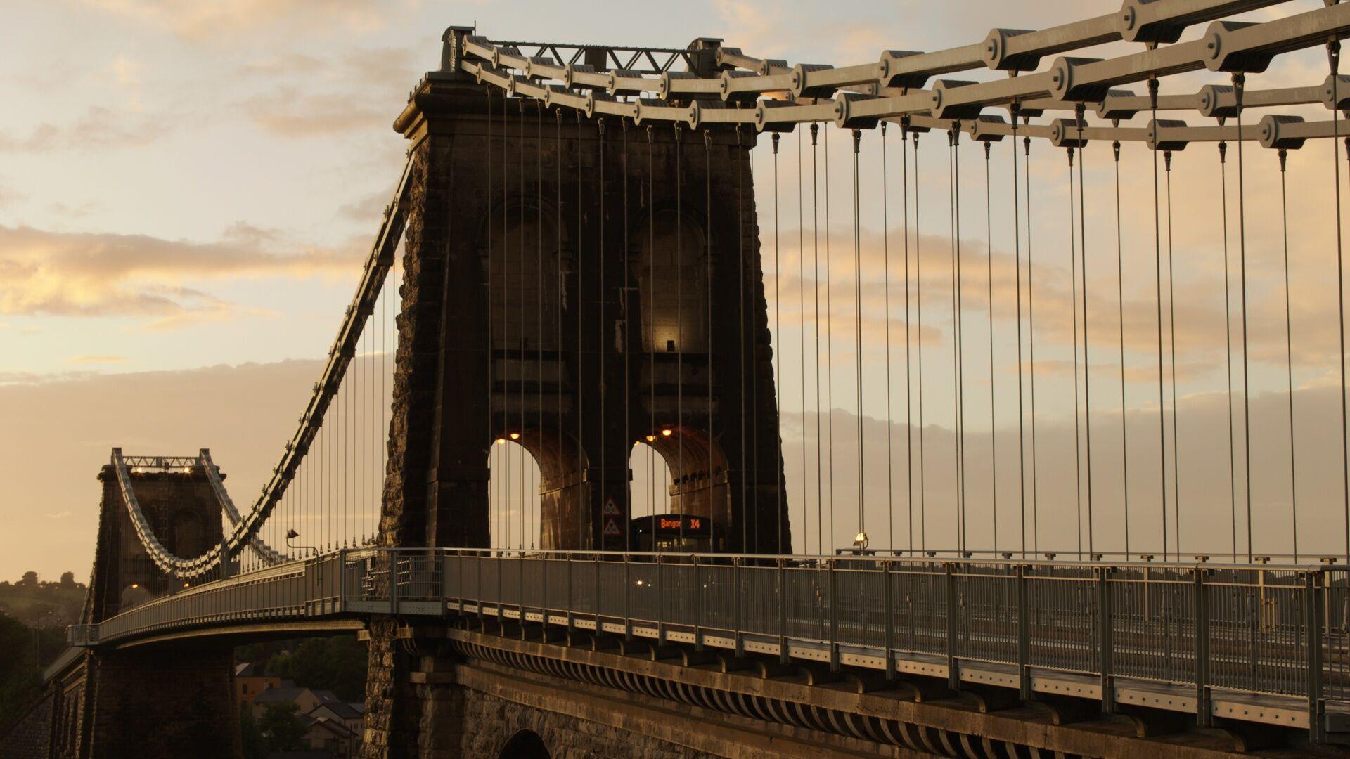 Menai Bridge (BBC, EH)