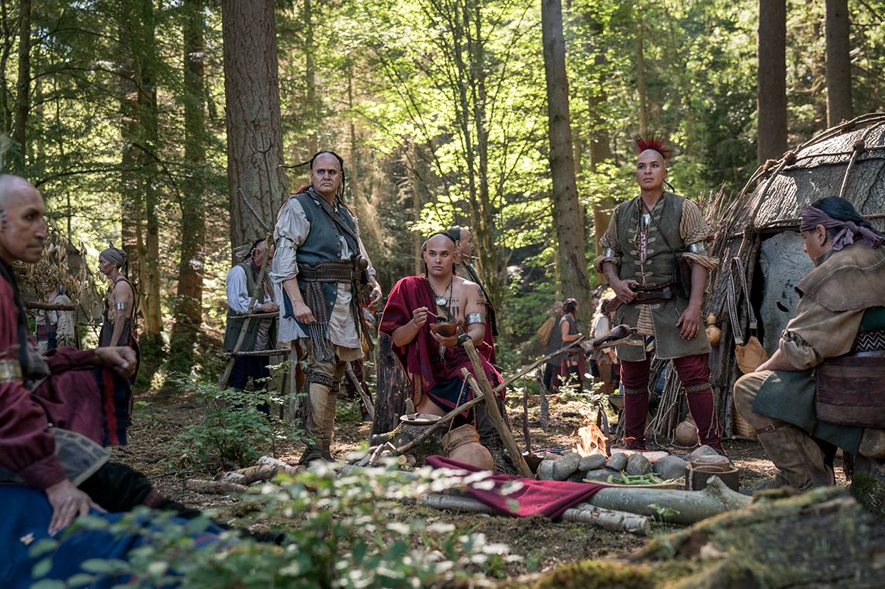 Outlander Season 4 First Nation Canadians on set