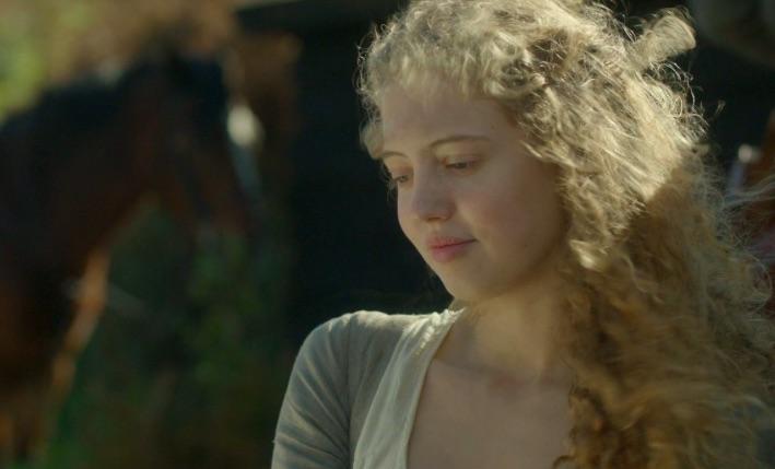 Amelia Clarkson Poldark screengrab, BD