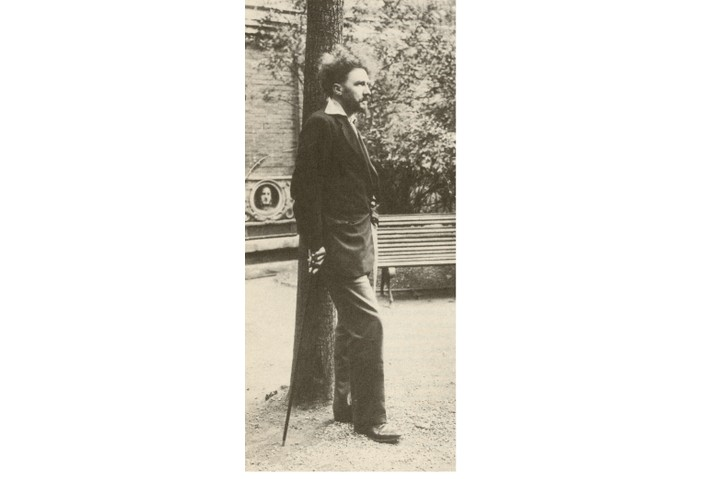 American poet Ezra Pound, a major figure of the early modernist movement. (Universal History Archive/UIG/Getty Images)