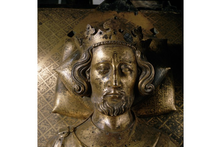 A gilt-bronze tomb effigy of King Henry III, King of England between 1207 and 1272, on his tomb in Westminster Abbey. | Located in: Westminster Abbey.  (Photo by Angelo Hornak/Corbis via Getty Images)