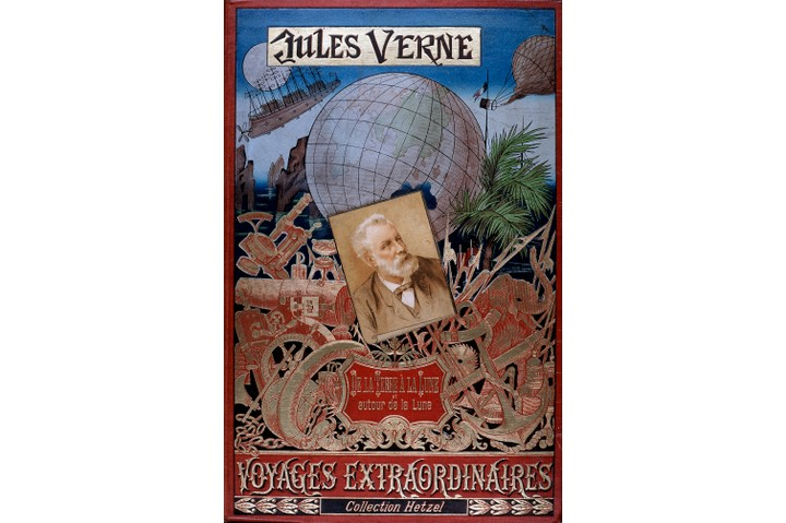 Cover of the Voyages Extraordinaires series by the French science fiction writer Jules Verne.