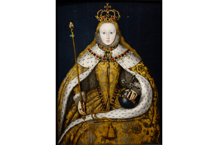 LONDON, ENGLAND - SEPTEMBER 29, 2017:  A circa 1600 portrait of England's Queen Elizabeth I (1533-1603) by an unknown English artist on display at the National Portrait Gallery in London, England. The painting, known as 'The Coronation portrait', shows the crowned queen wearing the cloth of gold she wore at her coronation in 1559. She holds the orb and sceptre, symbols of her authority. (Photo by Robert Alexander/Getty Images)