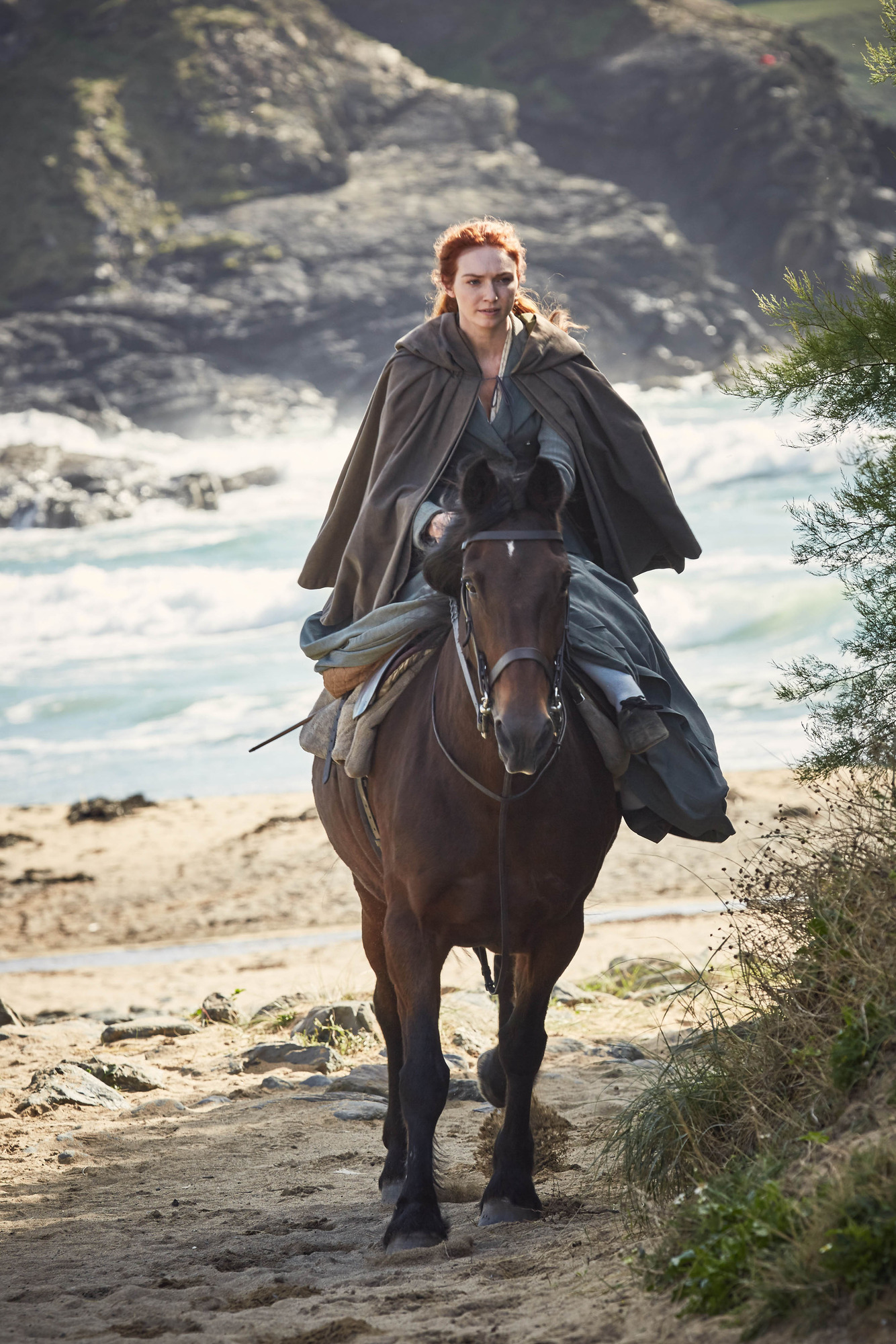 WARNING: Embargoed for publication until 00:00:01 on 06/06/2017 - Programme Name: Poldark S3 - TX: n/a - Episode: Poldark S3 - Episode 1 (No. 1) - Picture Shows: **STRICTLY EMBARGOED UNTIL TUESDAY 6TH JUNE** Demelza ((ELEANOR TOMLINSON) - (C) Mammoth Screen - Photographer: Robert Viglasky