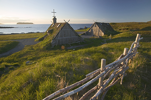 B9H6X1 Canada island Newfoundland L'Anse aux meadows houses North America viking Trail destination sight viking-settlement coast