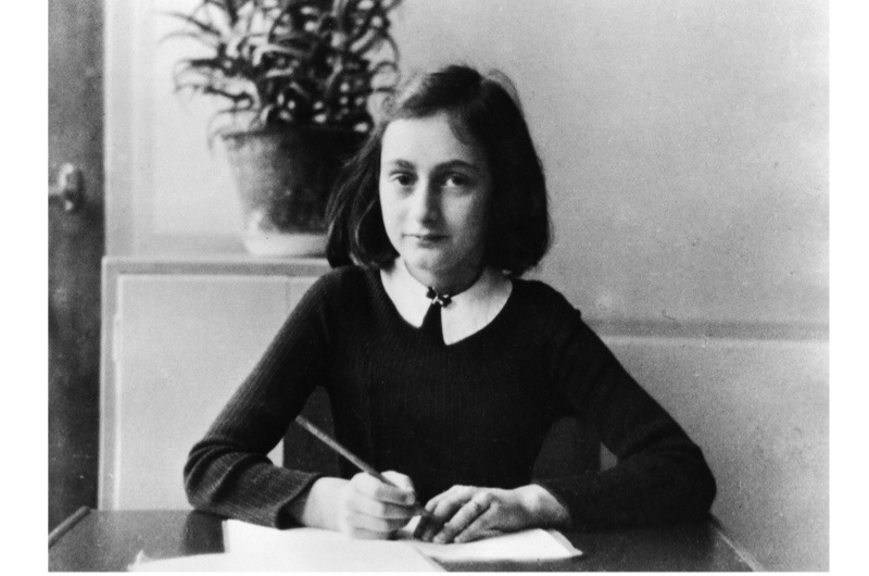 Anne-Frank-doing-her-homework-2-960cf3d