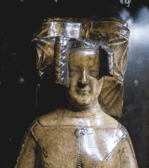 BH0TR6 Philippa of Hainault Queen of Edward III alabaster effigy on tomb in Westminster Abbey, London England. Image shot 1992. Exact date unknown.